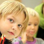 Aide aux devoirs: un soutien efficace pour les enfants qui sont en difficulté scolaire